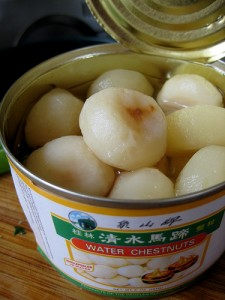 Canned Water Chestnuts photo: kattebelletje, flickr (click photo to see in original context)